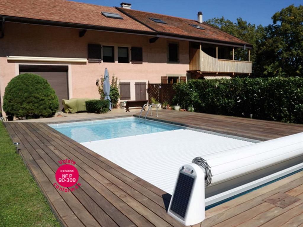 Volet automatique de s curit abriblue open solar energy - Couverture piscine automatique prix ...