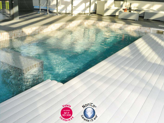 Abriblue - Volet automatique de securite immerge Abriblue IMM'BOX pour piscine enterree