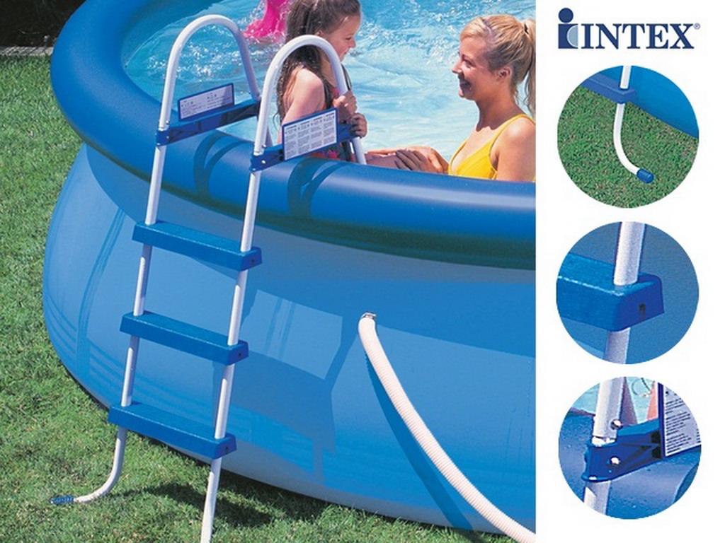 echelle piscine hors sol sym trique intex 3 marches hauteur 91cm sur march. Black Bedroom Furniture Sets. Home Design Ideas