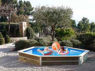 Kit piscine hors sol bois cristaline evolux baby ronde 4 for Piscine cristaline