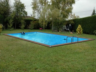 Piscine enterr e marchedelapiscine for Piscine bois 3x3