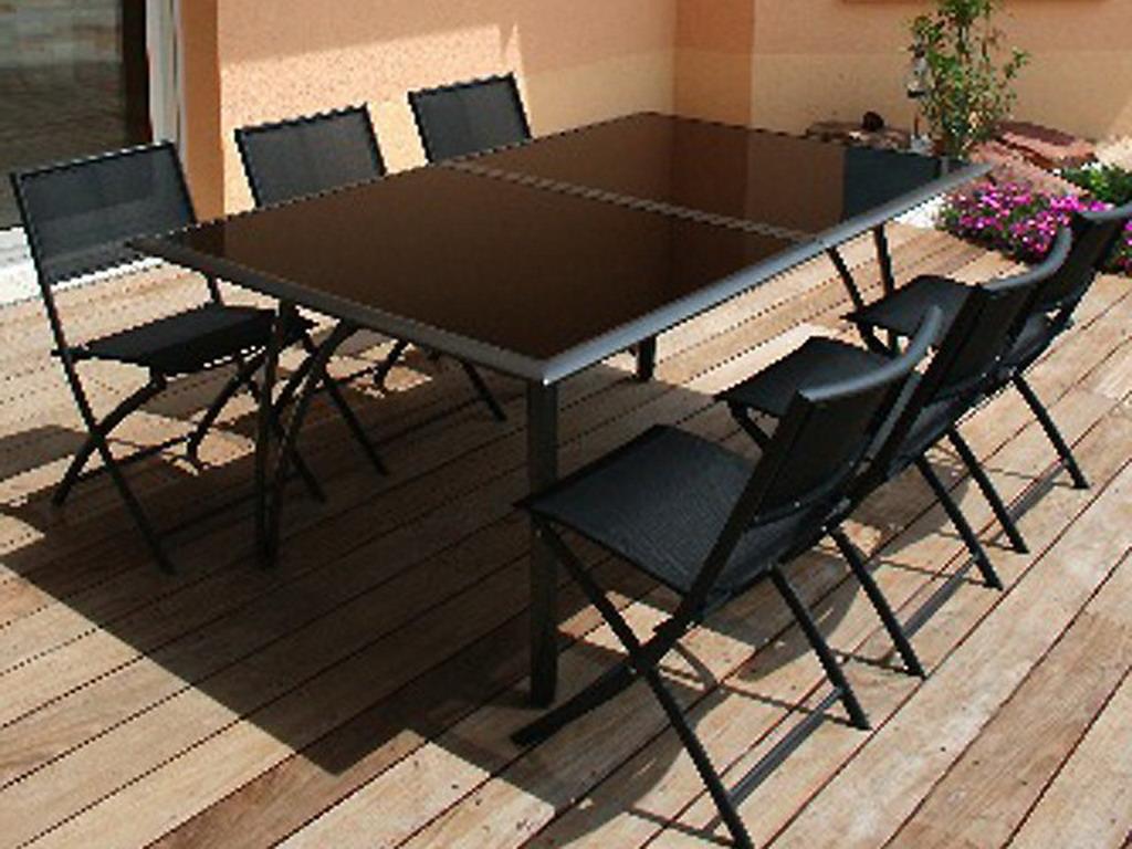 Table de jardin en aluminium plateau verre à rallonge 180cm x 110cm x 73cm  coloris noir