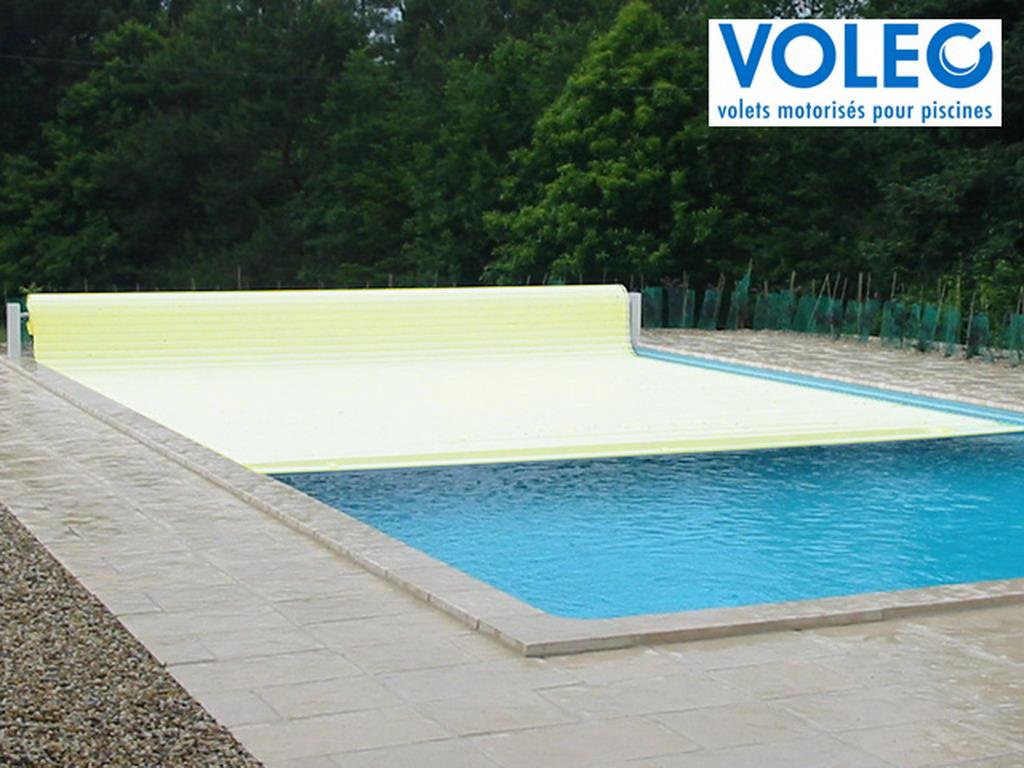 couverture piscine automatique hors sol voleo overcover coloris sable sur march. Black Bedroom Furniture Sets. Home Design Ideas