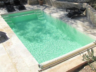 Piscine enterr e coque jamaica premium beige avec bloc de for Filtration piscine enterree