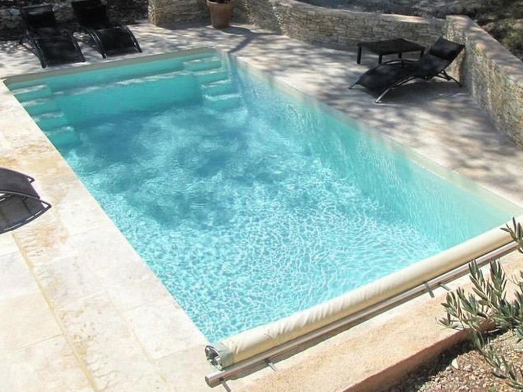 piscine enterr e coque jamaica premium grise avec bloc de filtration sur march. Black Bedroom Furniture Sets. Home Design Ideas