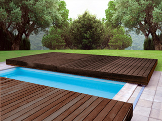 Terrasse mobile de s curit walter walu deck bois for Piscine couverture mobile