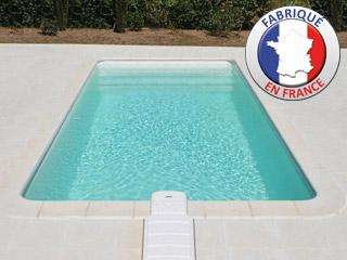 piscine coque atlantis jamaica platinum coloris blanc avec. Black Bedroom Furniture Sets. Home Design Ideas