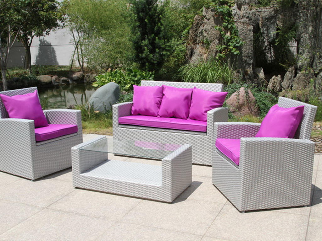 salon de jardin en r sine tress e banquette 2 fauteuils table basse gris sid ral et fuschia. Black Bedroom Furniture Sets. Home Design Ideas