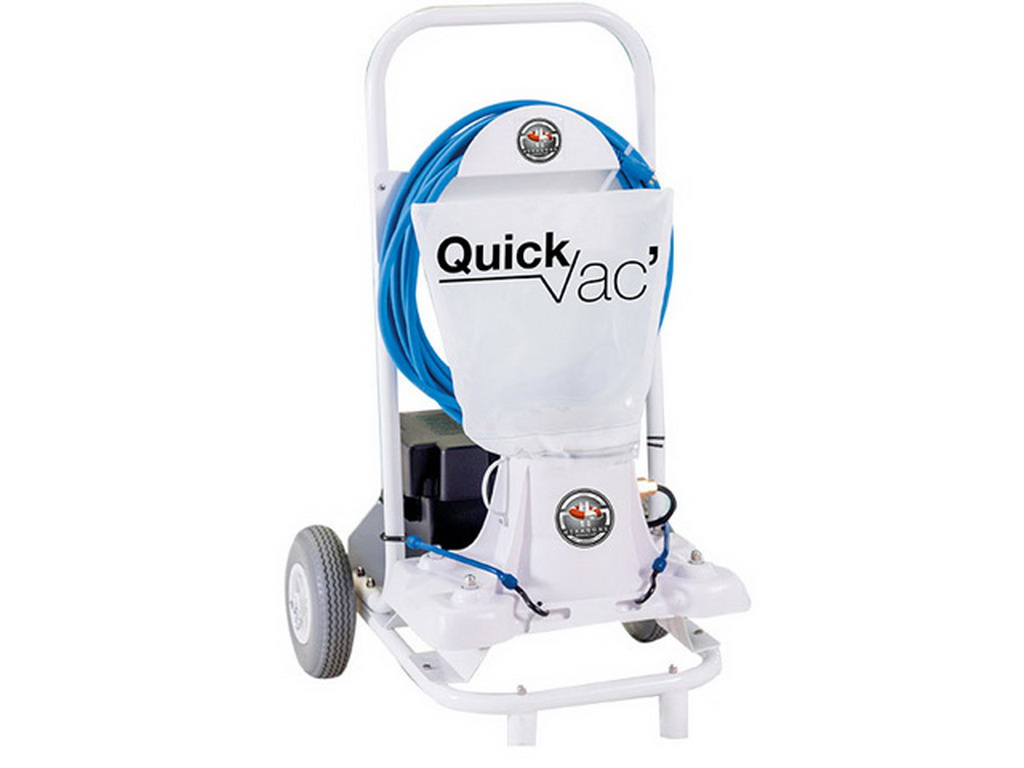 Robot aspirateur de piscine hexagone quick vac patageoire for Robot piscine sur batterie