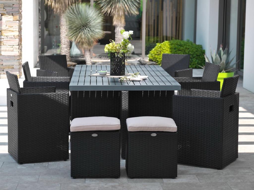 Salon de jardin en résine tressée avec table + 6 fauteuils encastrables + 4  poufs Noir