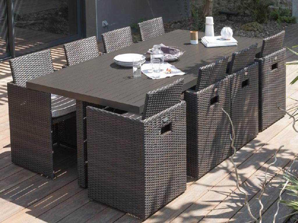 Salon de jardin en résine tressée avec table + 8 fauteuils encastrables  Chocolat