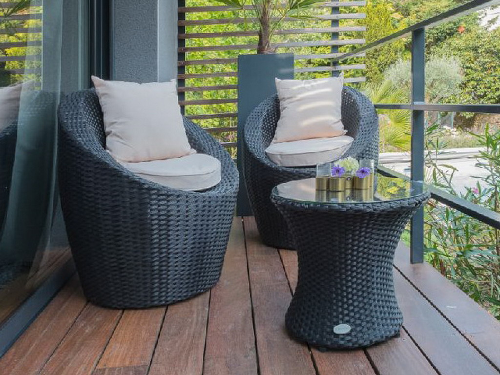 salon de jardin totem fidji 3 pi ces r sine tress e noir sur march. Black Bedroom Furniture Sets. Home Design Ideas
