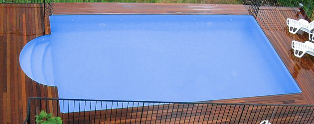 Kit escalier Sunkit type Roman Ø 2.5m coloris selon liner selectionne - kit escalier ROMAN Sunkit Pour donner encore plus de cachet à votre bassin