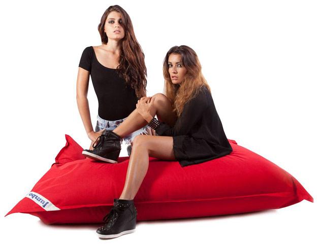 Coussin geant Jumbo Bag THE ORIGINAL 130 x 170cm coloris rouge - Jumbo Bag Un pouf hyper tendance au service de votre relaxation
