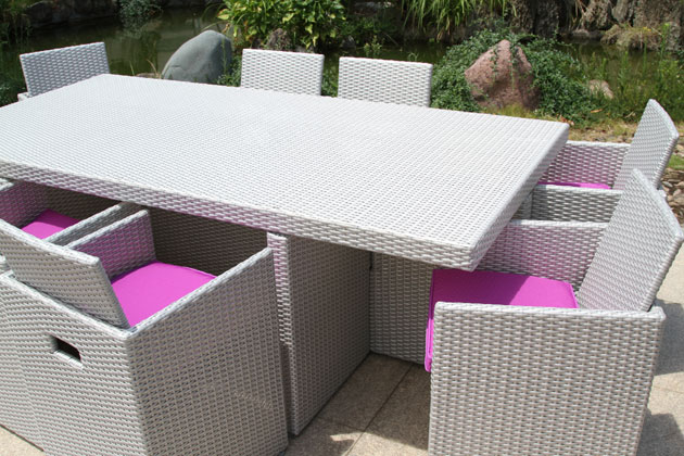 Salon de jardin en résine tressée avec table et 8 fauteuils ...
