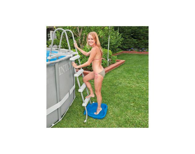 Pediluve Intex FEET dimensions 56 x 46 x 9cm pour echelle piscine hors-sol - Avantages et caractéristiques du pédiluve Intex FEET pour piscine