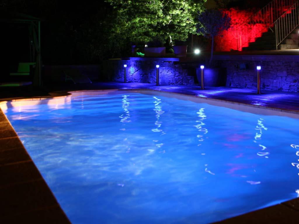 Eclairage Led Autour Piscine lampe seamaid par56 plate éclairage rvb 90 led 510lm 16w projecteur piscine  + télécommande