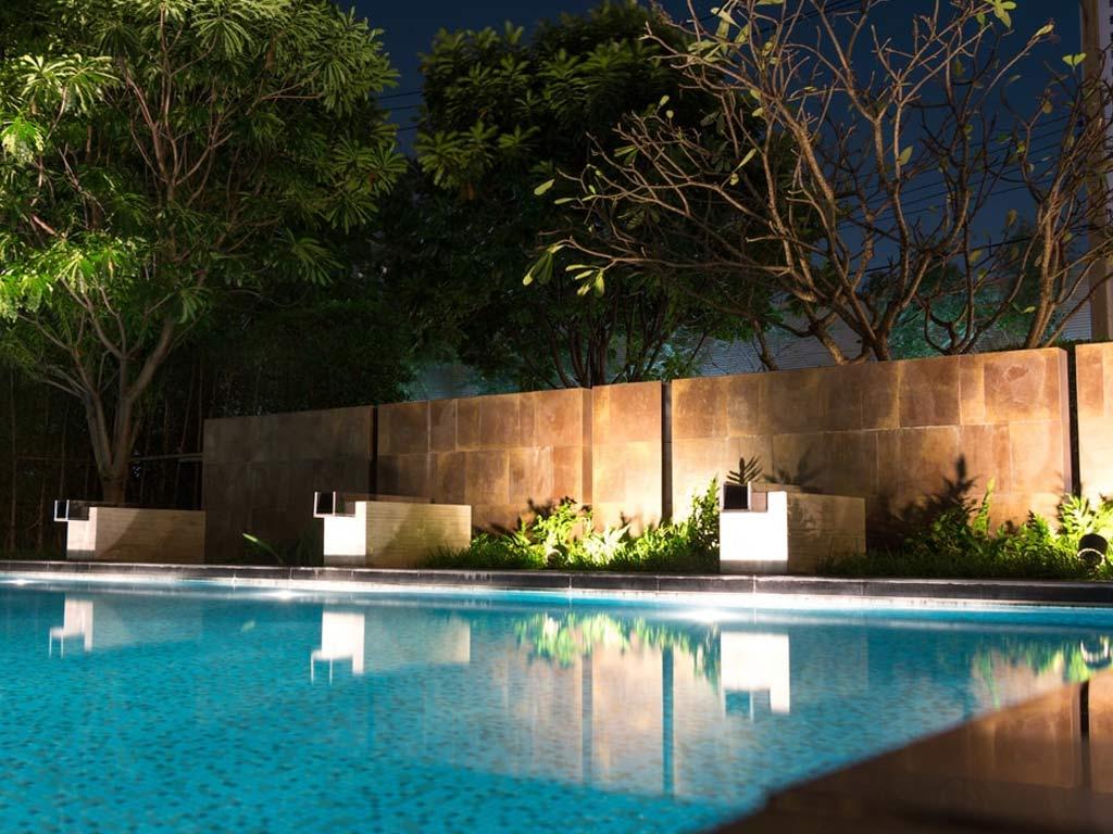 Eclairage Led Autour Piscine projecteur plat piscine seamaid éclairage blanc 60 led 1450 lumen 13,5w